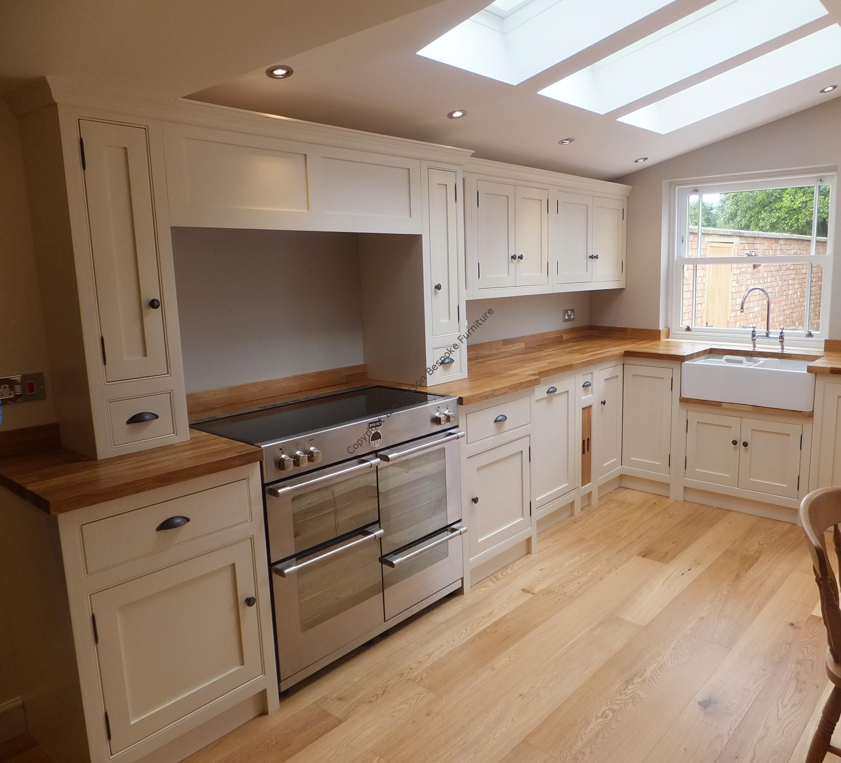 Bespoke And Handmade Kitchens: Beautiful Handmade Kitchens From Master Craftsmen