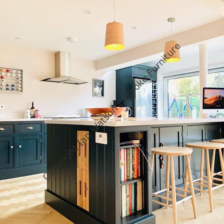 Bespoke Kitchen Furniture: Ian Watson Bespoke Furniture